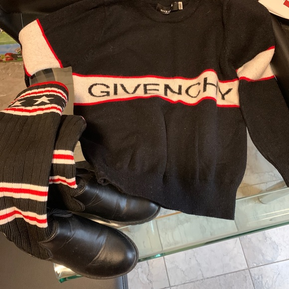 Givenchy Other - Kids Givenchy Sweater With Boots